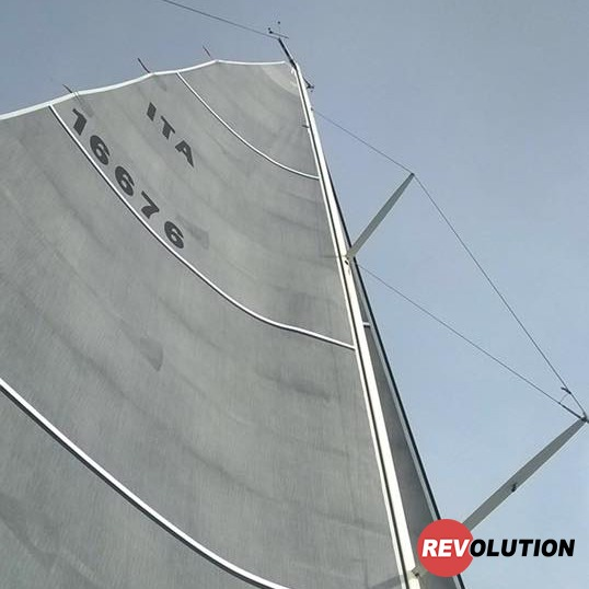 REVolution-sail-SALONA 41-